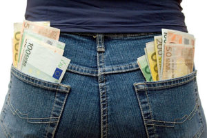 Taskut täyteen rahaa | Rahoittaja.fi