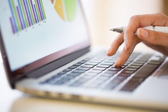 Ulkoisen rahoituksen saatavuusongelmat ja vaikea kassatilanne pk-yritysten harmeina